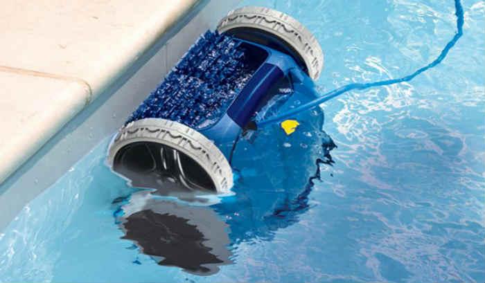 robot limpiafondos para piscinas
